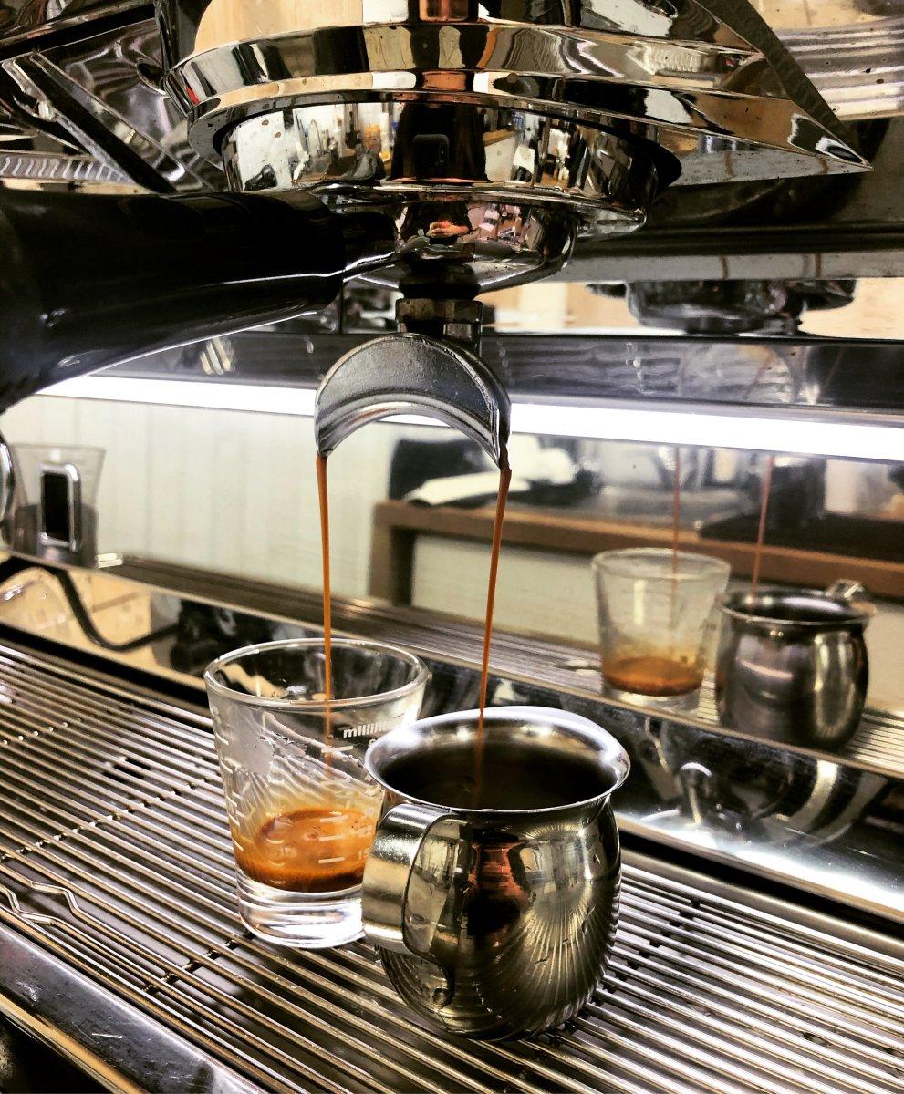 Right coffee, кофейня, Рождественка, 5/7 ст1 (цокольный этаж)
